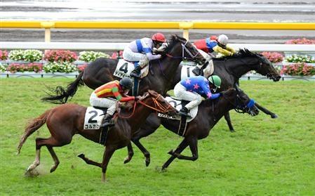 大出遅れのカッテ…「勝って~って追ったよ(笑)」 田中勝春と実父の願い届いた新馬勝ち
