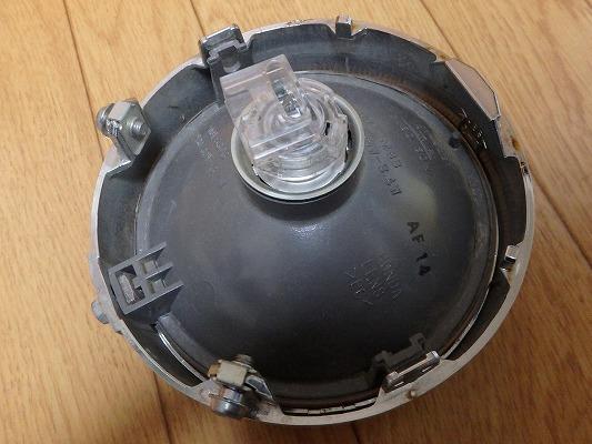 ヘッドライトソケット交換 3