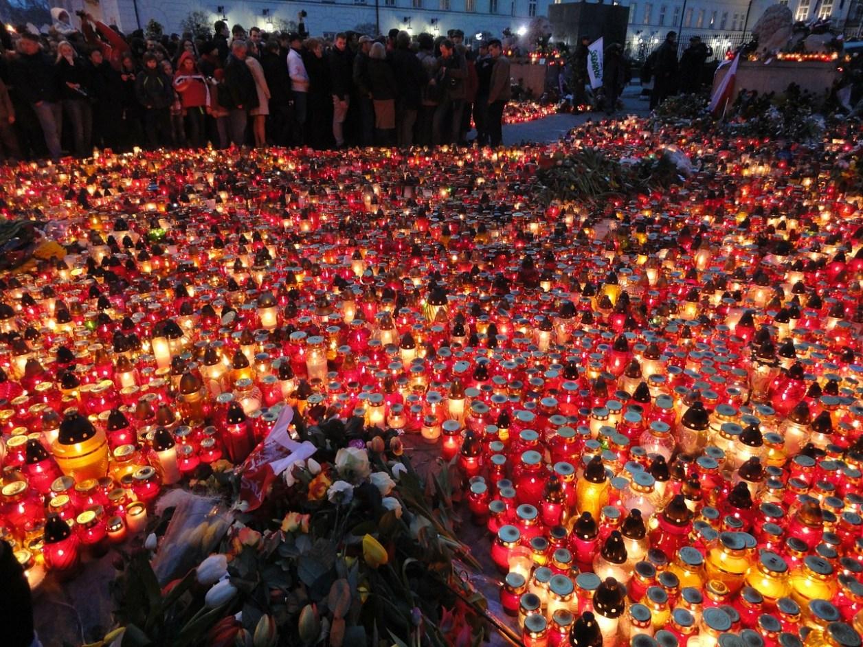 candles-89764_1280.jpg