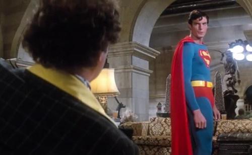 スーパーマン アメコミ ヒーロー やられ ピンチ