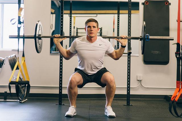 débutant en musculation, ne pas faire les jambes est une erreur