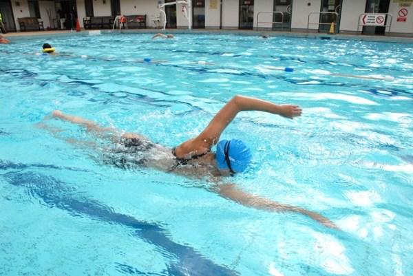 les premières séances de natation en triathlon