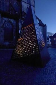 Beleuchtung Winner Skulptur (8)