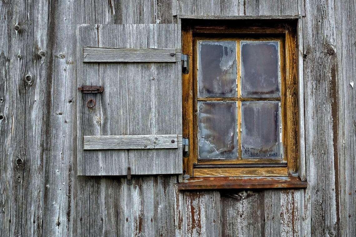 wooden-windows-949805_1280
