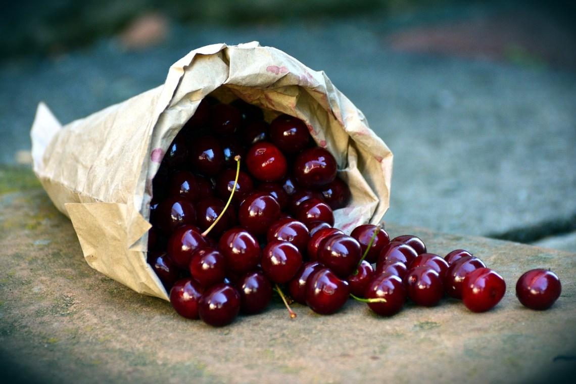 cherries-3522365_1280