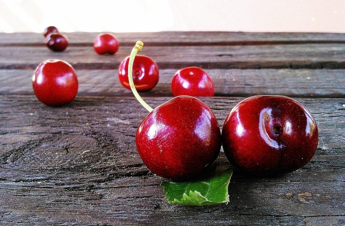 cherries-422468_1280