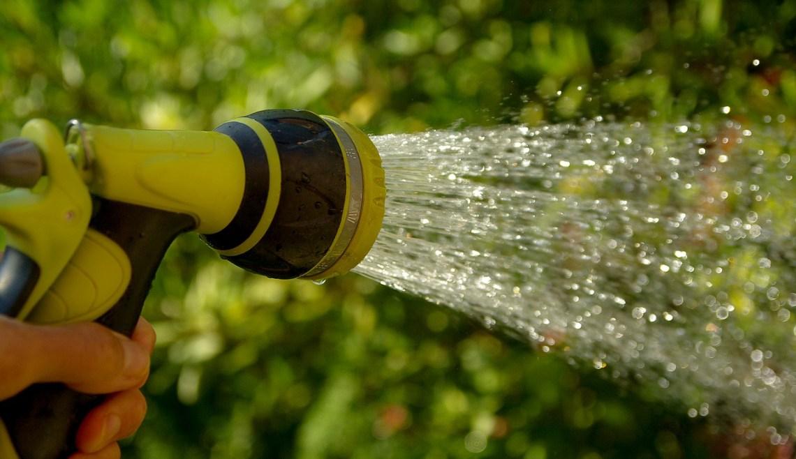 watering-1601143_1280(1)