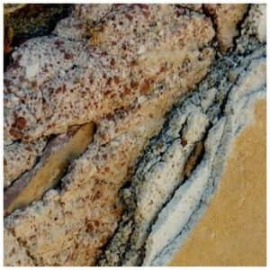 Un enduit 5 couches qui a plus de 2000 ans sur l'île de Délos.