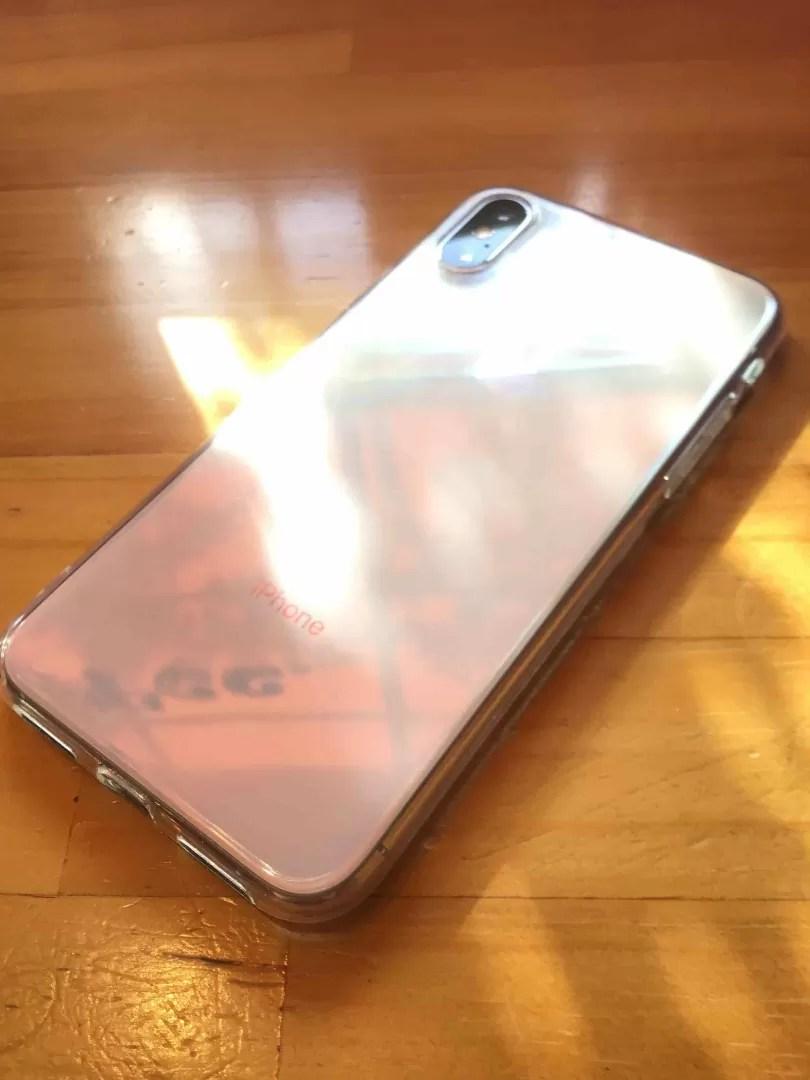 iPhoneXSの背面の写真
