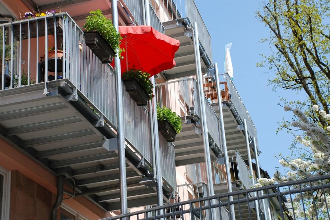 balconies-322926_1280