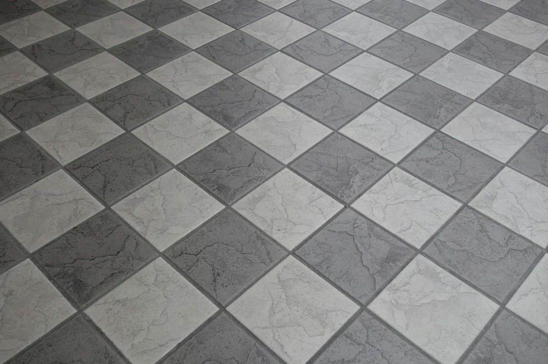 Comment poser du carrelage en diagonale ?