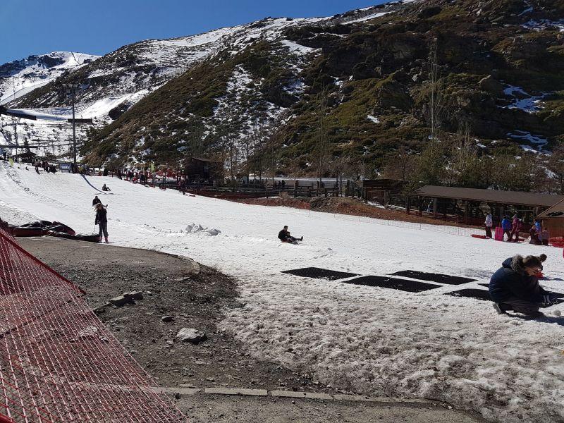 Kun sne på udvalgte steder i Sierra Nevada