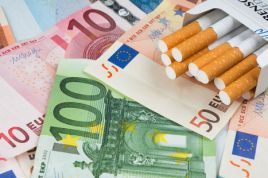 French smokers react to the tobacco price increase