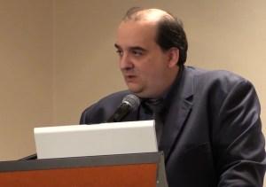 Docteur Farsalinos studies formaldehyde in e-liquids