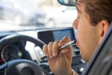 vaping-n-driving