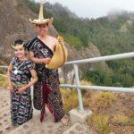 Foto Pranikah dengan Tenun Kupang Ini Epik dan Menginspirasi