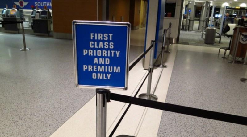 Fast Track Security Pass : une Sécurité rapide à l'aeroport