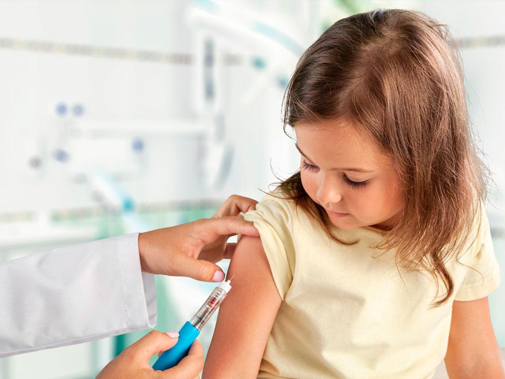 Vacinas para viajar pelo Brasil e no exterior