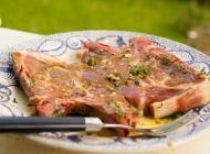 Echine de porc et Château Carbonnieux rouge
