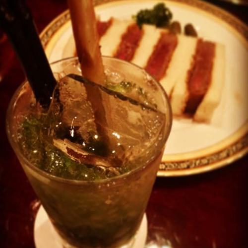 #銀座 #ハートマン の #和牛カツサンド 食べてきた!なんと #ひと切れ千円 (笑)#まいちゃん の #ノンアルコールカクテル も美味しかったよー。