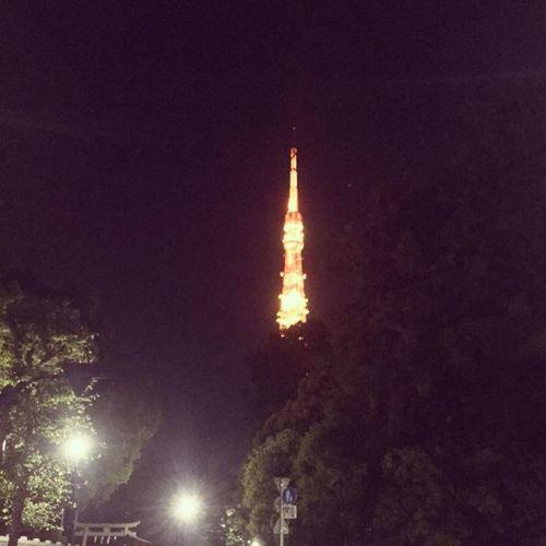 令和初のバイク便してきた。お届け先についたら、知り合いがいてビックリ! #東京タワー
