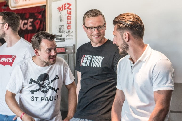 2019_0623 FC St Pauli erste Mannschaft im KIEZBEBEN (Foto Sabrina Adeline Nagel) - 1