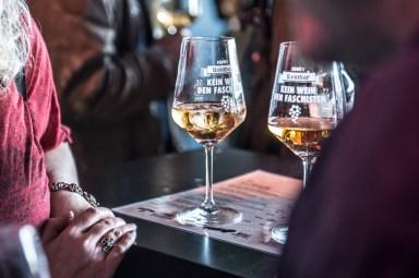 Weinfest gegen Rassismus (Fotos Sabrina Adeline Nagel) - 30