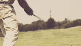 playing with used golf clubs