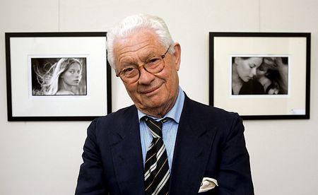 英写真家デビッド・ハミルトン氏=2006年4月、ドイツ・アシェンドルフ(EPA=時事)