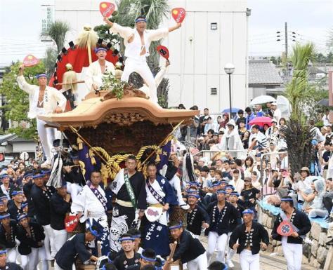 昨年9月の岸和田だんじり祭の様子
