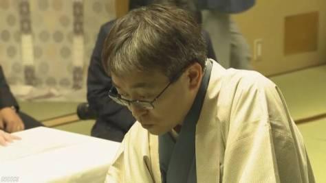 将棋 羽生二冠 通算1400勝を達成 史上2人目
