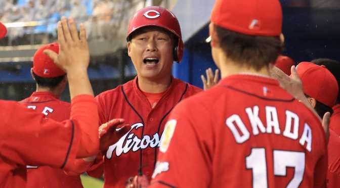 広島が快勝 新井が球団最年長記録を更新する1号3ラン含む5打点