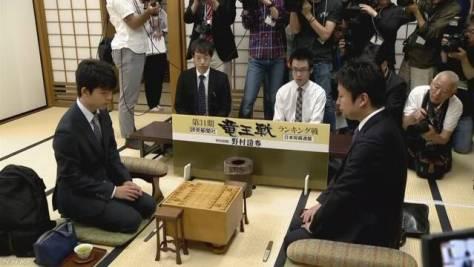 藤井六段 最年少での七段昇段かけた対局始まる