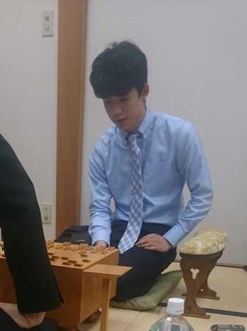 森下卓九段との対局に勝利した藤井聡太七段