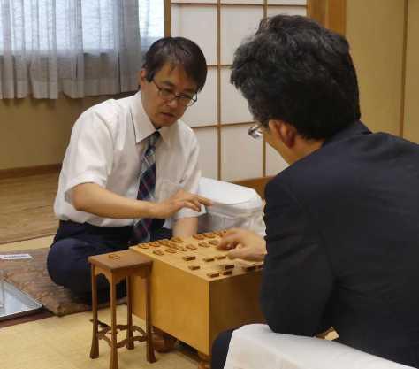王将戦2次予選1組準決勝で佐藤康光九段に勝ち、対局を振り返る羽生善治竜王