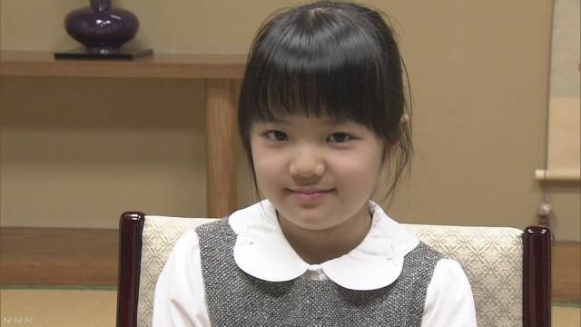 囲碁の天才少女、10歳で最年少プロに 名人も手腕評価