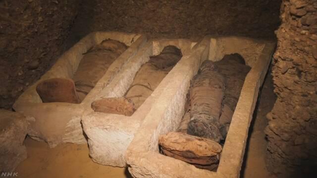 エジプトの遺跡で40体以上のミイラ見つかる | NHKニュース
