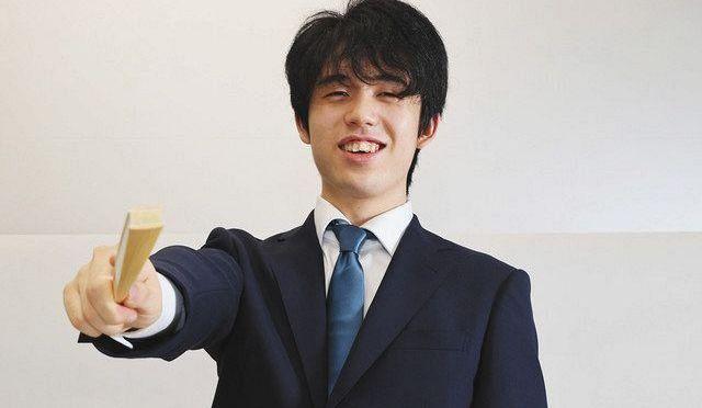 振り返るあの一手と自作PCのこだわり 藤井聡太王位インタビュー:東京新聞 TOKYO Web