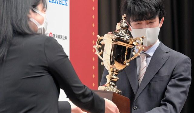 「自分の情報不足?」朝日杯での疑心暗鬼と技術の進歩:朝日新聞デジタル