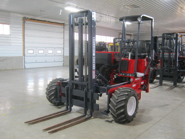 SOLD! 2004 MOFFETT Mounty M5000 With 10 Foot 2-Stage Mast