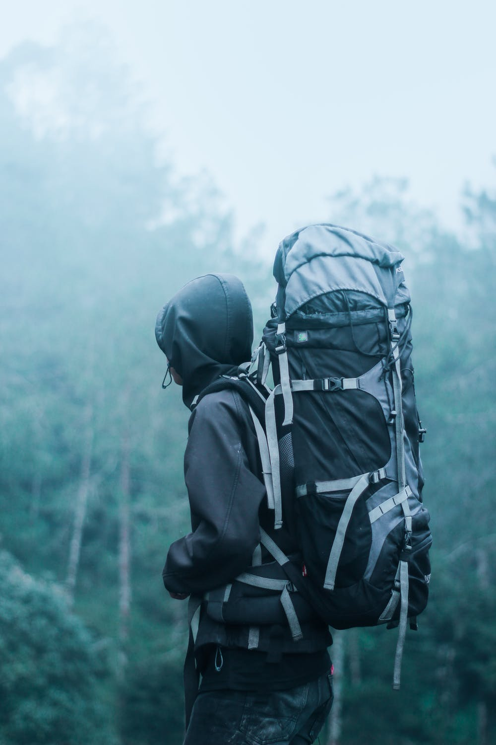 8 tips for travelling with a backpack