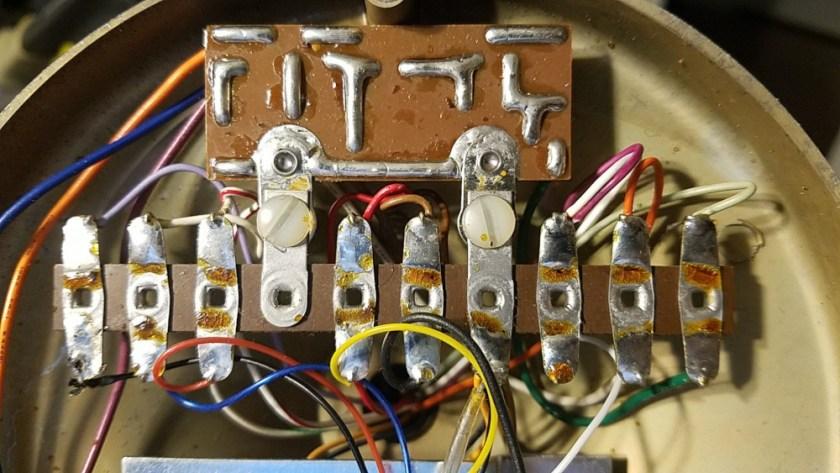 Astatic D-104 microphone circuitry