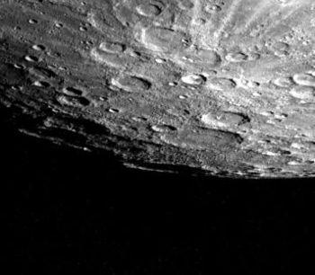 02 Mercury South Pole - Mariner 10 1974