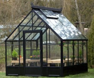 Greenhouses Are Now Considered a Valuable Asset to Your Home's Property Value