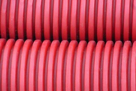 Uso del tubo rojo corrugado de doble pared el blog de icn - Tubo corrugado rojo ...