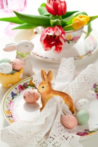 http://www.dreamstime.com/stock-photo-easter-table-setting-image22962710