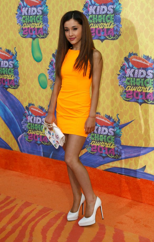 Actress Ariana Grande arrives at the 27th Annual Kids' Choice Awards in Los Angeles