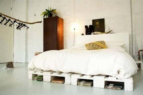 15 Ideas With Pallet Furniture - Airtasker Blog on Pallet Bedroom Design  id=51976