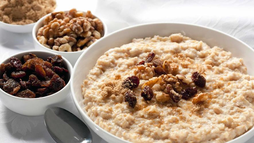 Health Benefits of Eating Oats at Breakfast