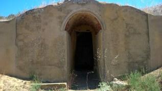116 - La puerta de la bodega